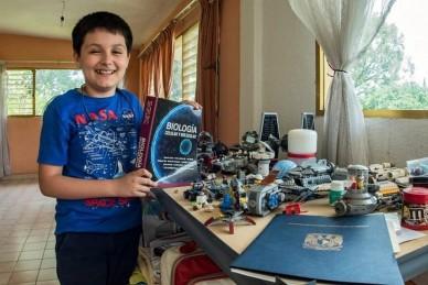 Двенадцатилетнего мексиканского студента на лекции будут приводить родители
