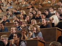 Почти пол миллиона студентов зачислены на бюджетные места