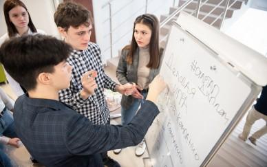 Предпринимательство со студенческой скамьи: чему и как учить студентов вузов и колледжей?