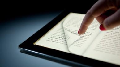 «Дорогой читатель, ты читаешь?..» — говорим о различиях в восприятии печатного и цифрового контента