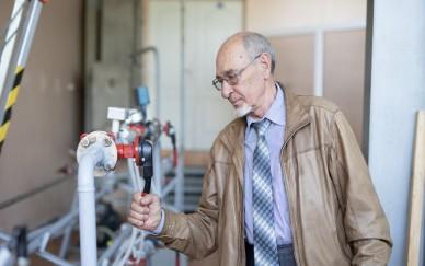Ученые УрФУ предложили использовать метанол в электромобилях