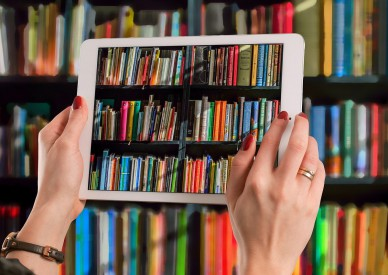 Бумажные книги против цифровых: комплектование публичных библиотек