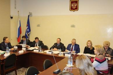Депутаты предлагают создать открытые университеты и индустрию электронного обучения