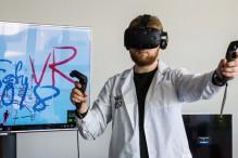 ДВФУ начинает подготовку VR-волонтеров